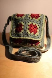 messenger-bag-granny.blog-hiloshilandera